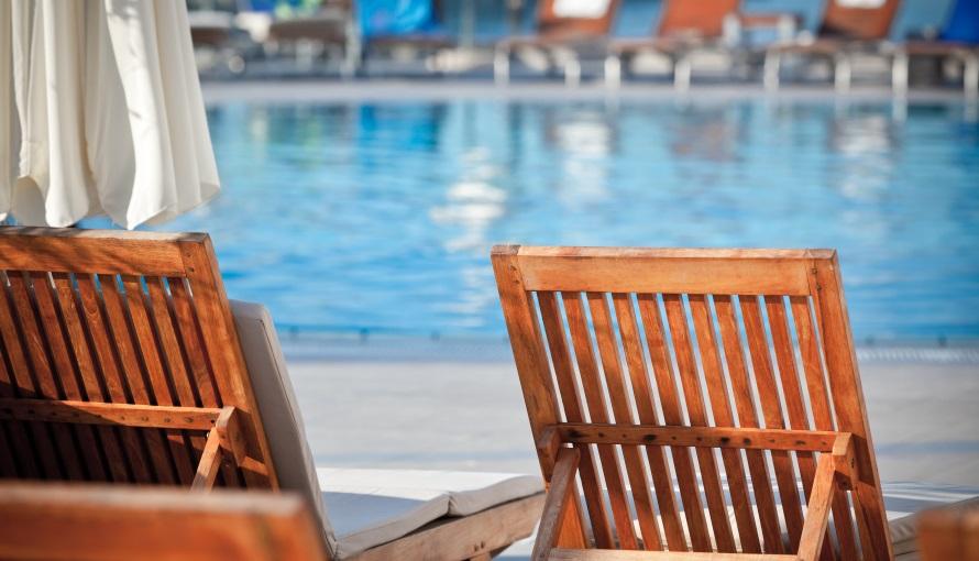 Green Creation Swimming Pool Maintenance Companies In Dubai Uae Pool Maintenance In Dubai