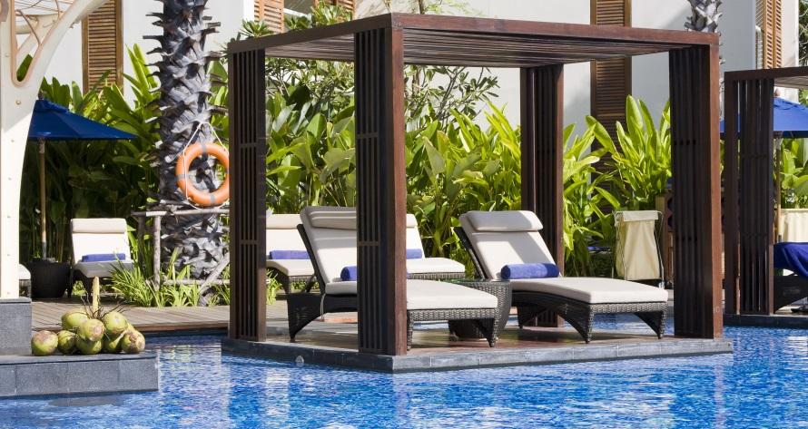 Swimming pool maintenance companies in dubai uae green - Swimming pool construction companies in uae ...